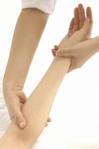 MassageforCarpalTunnel-EssenceoftheSunMassage